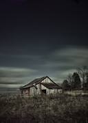 Michael Huddleston - Old barn with passing...