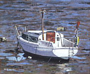 Old Boat On River Mudflats 1 Print by Martin Davey