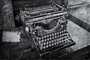 Typewriter Keys Photos - Old Fashioned Underwood Typewriter BW by Susan Candelario