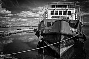 Rust Art - Old Ferry by Jose Elias - Sofia Pereira