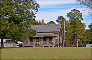 Clarendon County Prints - Old House Print by Linda Brown
