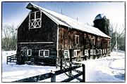 Old Jersey Farm In Winter Print by George Oze