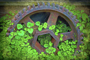 Old Mill Of Guilford Prints - Old Mill of Guiford Grinding Gear Print by Sandi OReilly