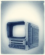 Old Tv Framed Prints - Old School Television Framed Print by Edward Fielding