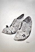 Old Shoes Print by Glenn Calloway