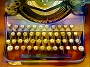 Typewriter Mixed Media - Old Typewrter by Michael Knight