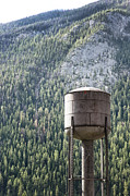 Sandra Cunningham - Old water tower in the Rockies