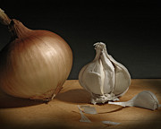 Vegetables Pyrography Posters - Onion and Garlic Poster by Krasimir Tolev