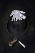 Opera Gloves Metal Prints - Opera Metal Print by Joana Kruse