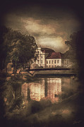 Homes Mixed Media Prints - Oranienburg Palace Print by Gynt