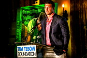 Through My Eyes  Paintings - Original Painting Of Tim Tebow  Do Everything For The Glory Of God By John Prince by Sports Art World Wide John Prince