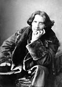 Black And White Photos Posters - Oscar Wilde in his favourite coat 1882 Poster by Napoleon Sarony
