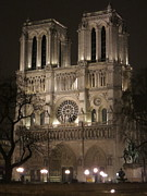 Lady Photo Prints - Paris France - Notre Dame de Paris - 12121 Print by DC Photographer