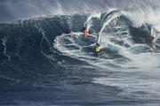 Brad Scott - Party Wave at Jaws
