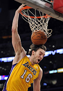 Gasol Framed Prints - Pau Gasol Slam Dunk Framed Print by Sanely Great