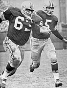 Green Bay Photos - Paul Hornung running by Sanely Great