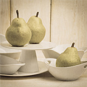 Edward Fielding - Pear still life with white plates square format