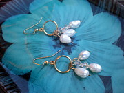 White Pearl Jewelry - Pearl and Crystal Earring by Beth Sebring