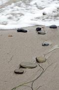 Terry Thomas - Pebbles on the beach
