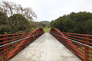 Oak Creek Posters - Pedestrian Bridge Fernandez Ranch California - 5D21034 Poster by Wingsdomain Art and Photography