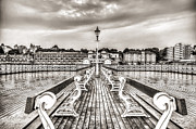Steve Purnell - Penarth Pier 5 Black and White