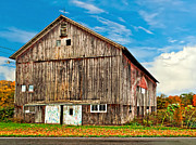 Colors Of Autumn Posters - Pennsylvania Barn Poster by Steve Harrington
