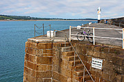 Terri  Waters - Penzance Quay Lighthouse