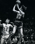 Pete Maravich Fade Away Print by Retro Images Archive