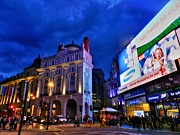 Piccadilly Prints - Piccadilly Circus 002 Print by Lance Vaughn