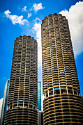 Two Towers Posters - Picture of Chicago Marina City Towers Poster by Paul Velgos