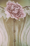 Sandra Cunningham - Pink corset with large flower