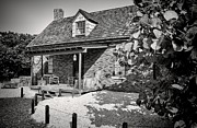 Pioneers Photos - Pioneer house by Rudy Umans