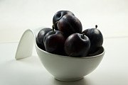 Vitamine Photos - Plums in a jug by Rosi Lorz