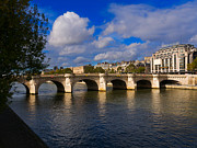 Louise Heusinkveld - Pont Neuf over the Seine...
