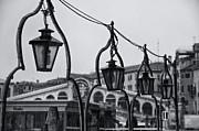 Ponte Rialto In Venice Print by Olia Saunders