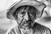 Malecon Prints - Portrait Of The Less Fortunate Print by Edward Kreis