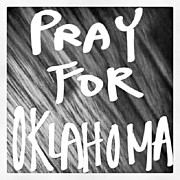 William Chung - Pray For Oklahoma. F...
