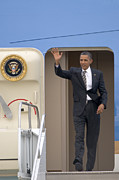 Barack Obama Prints - President Barack Obama Disembarks From Air Force One Print by Scott Lenhart