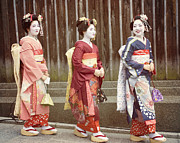 Kyoto Photos - Pretty Girls by Juli Scalzi