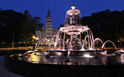 Quebec Art - Quebec Parlementaire and Fontaine de Tourny by Juergen Roth