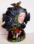Poppies Sculptures - Queen for a day by Tonja  Sell
