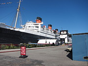 Beach Photo Metal Prints - Queen Mary - 12123 Metal Print by DC Photographer