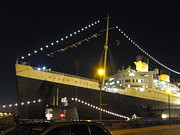 Liner Prints - Queen Mary - 12126 Print by DC Photographer