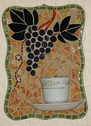 Kitchen Glass Art Posters - Racimo de Uvas Poster by Rosa Cardenas