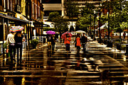 Rain In Market Square - Knoxville Tennessee Print by David Patterson