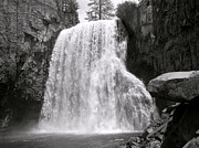 Bill Gallagher Photography Prints - Rainbow Falls Print by Bill Gallagher