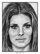 Greyscale Drawings - Raquel Welch in 1973 by J McCombie