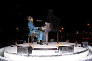 Kim Pate - Ray Charles Statue In...