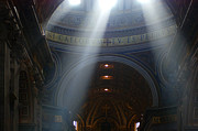Vatican Photos - Rays Of Hope by Bob Christopher