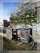 Tag Artist Prints - Razor Wire Print by Daniel Hagerman